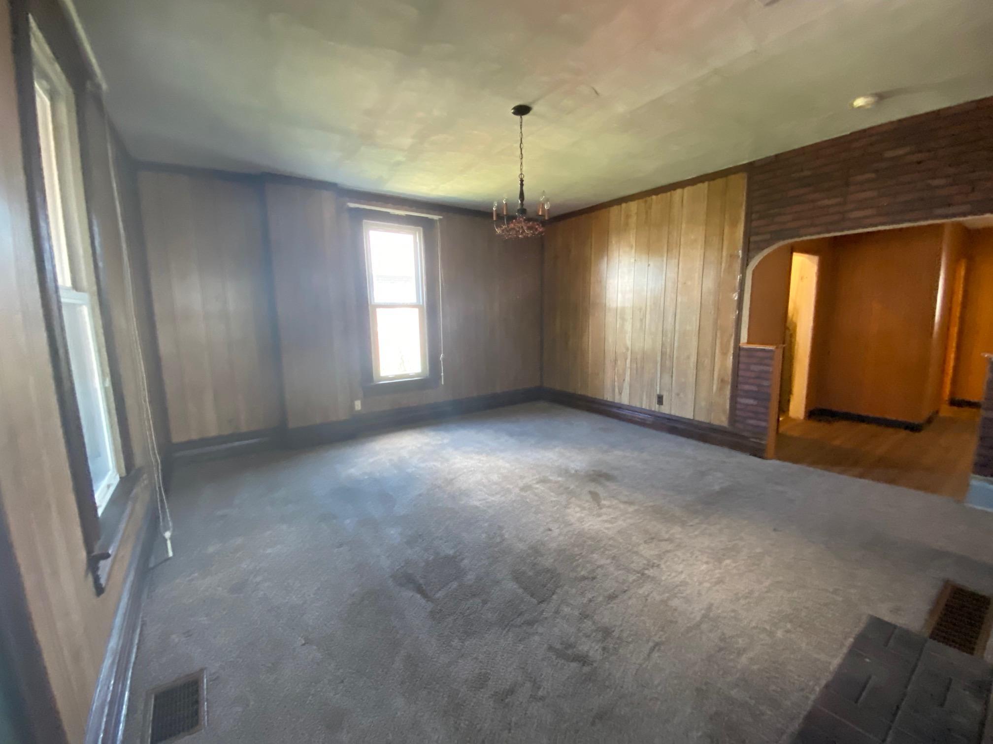 Photo 2 for 159 N Market St Mount Sterling, OH 43143