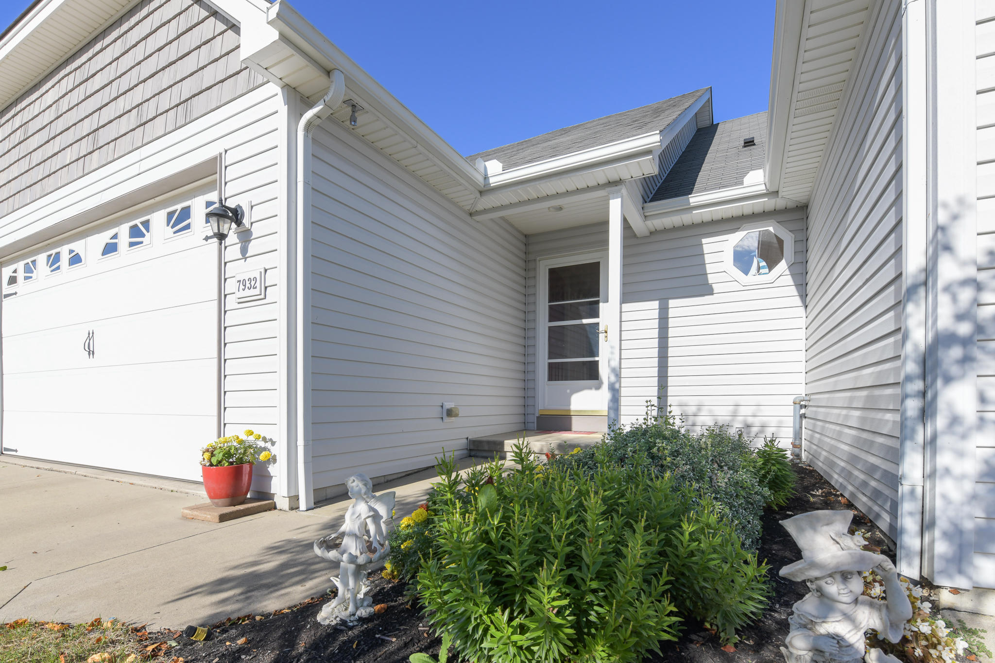 7932 Anne Bonney Ct #13-C Russells Point, OH