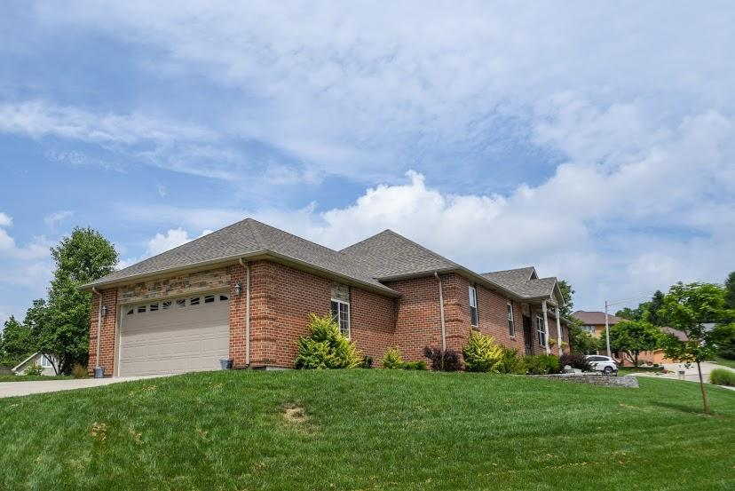 805 Creekview Ct Bellefontaine, OH
