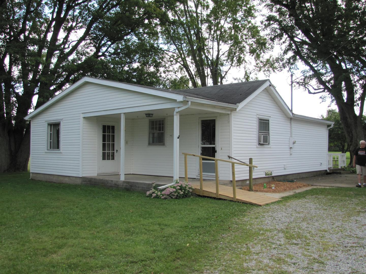 8578 US-36 Conover, OH