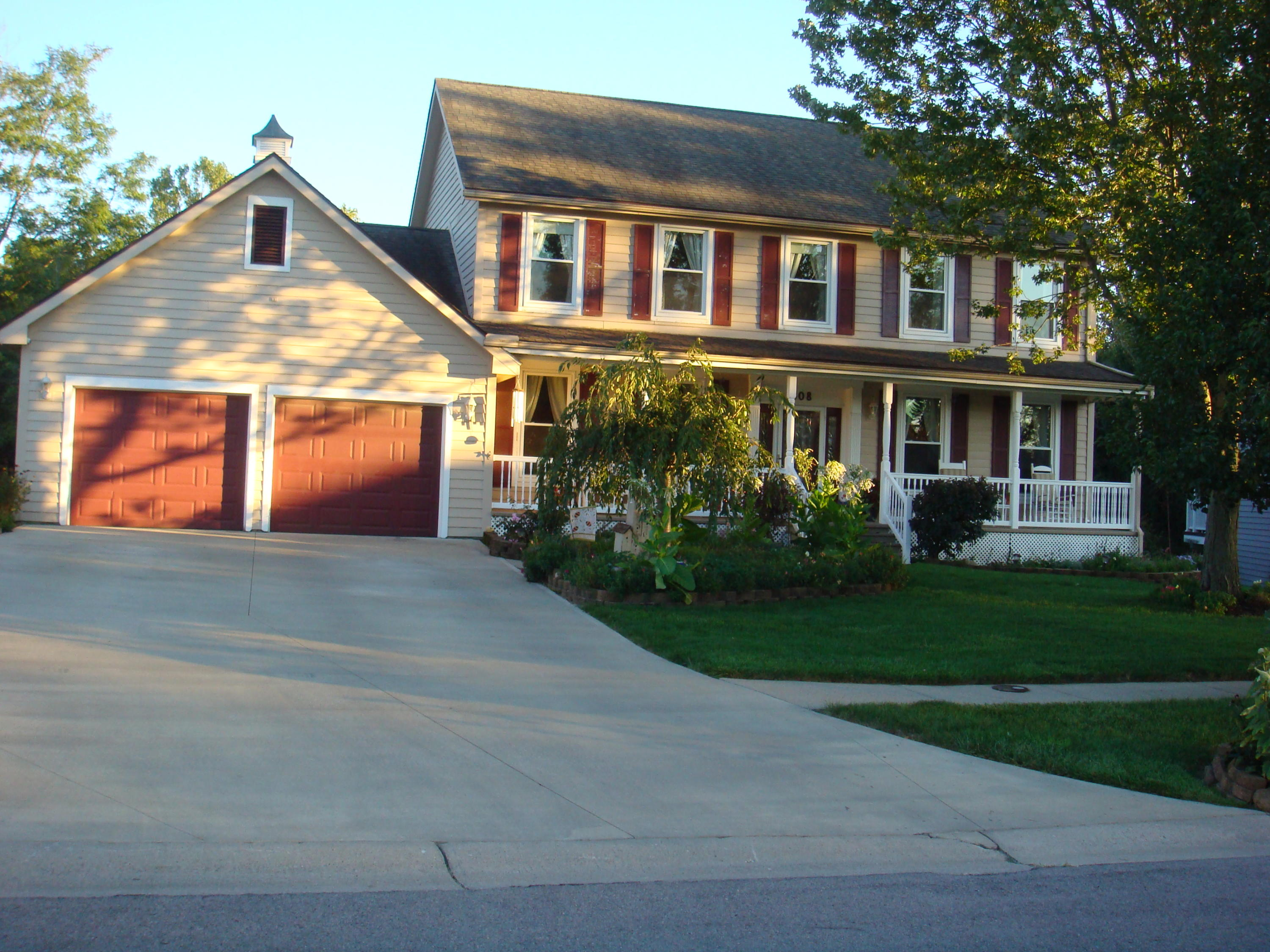 808 Creekview Ct Bellefontaine, OH