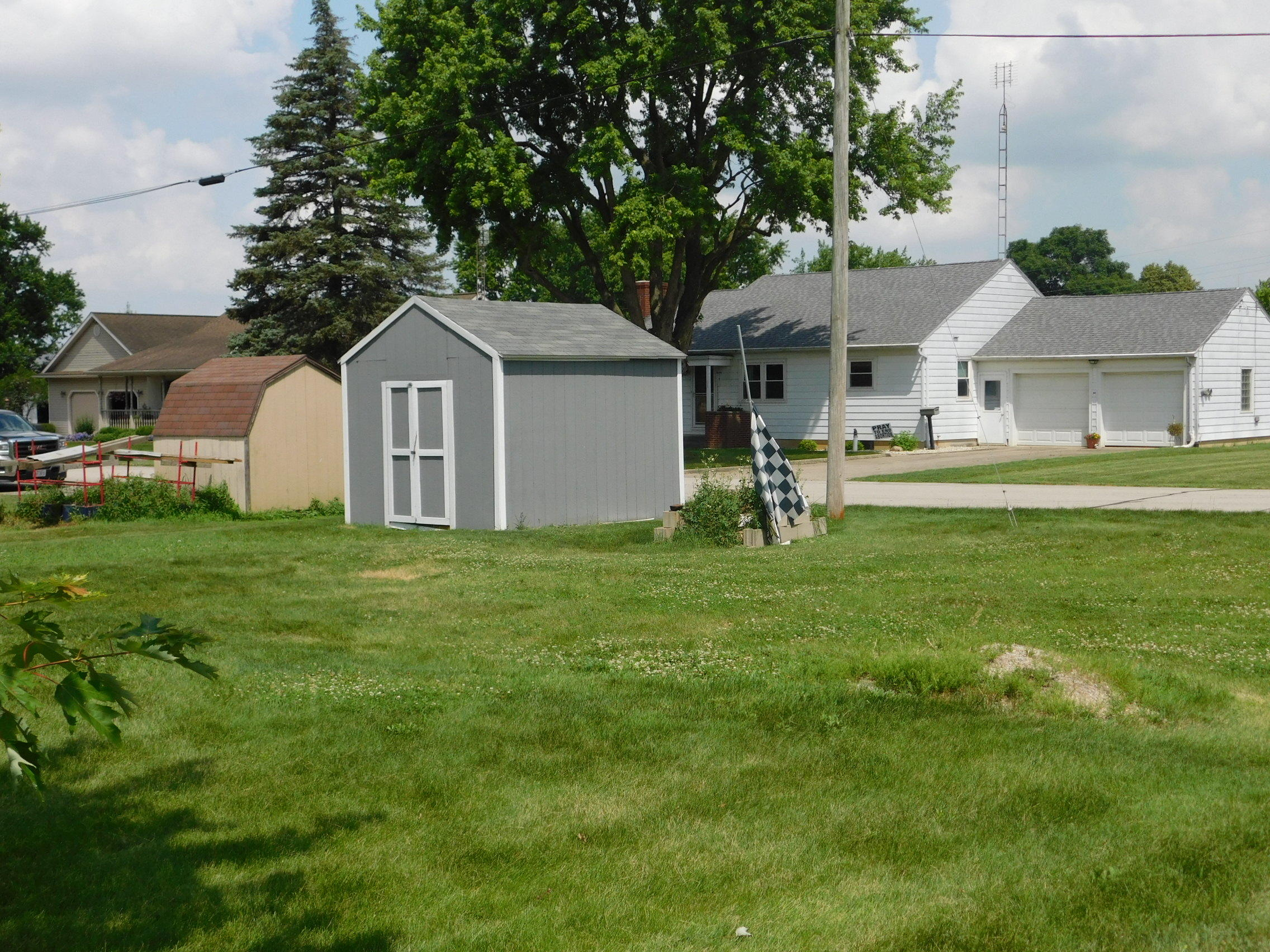 Photo 2 for 68 E Main St Osgood, OH 45351