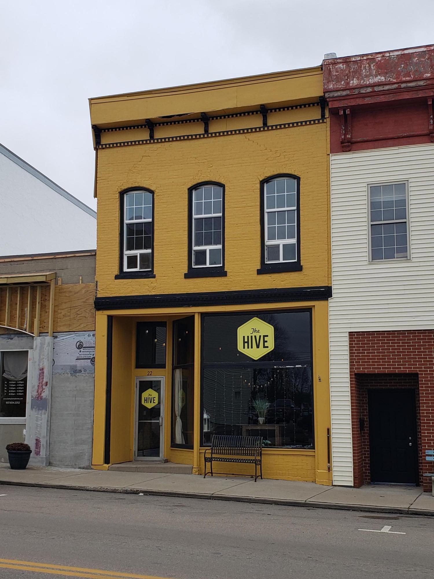 22 S Main St Mechanicsburg, OH