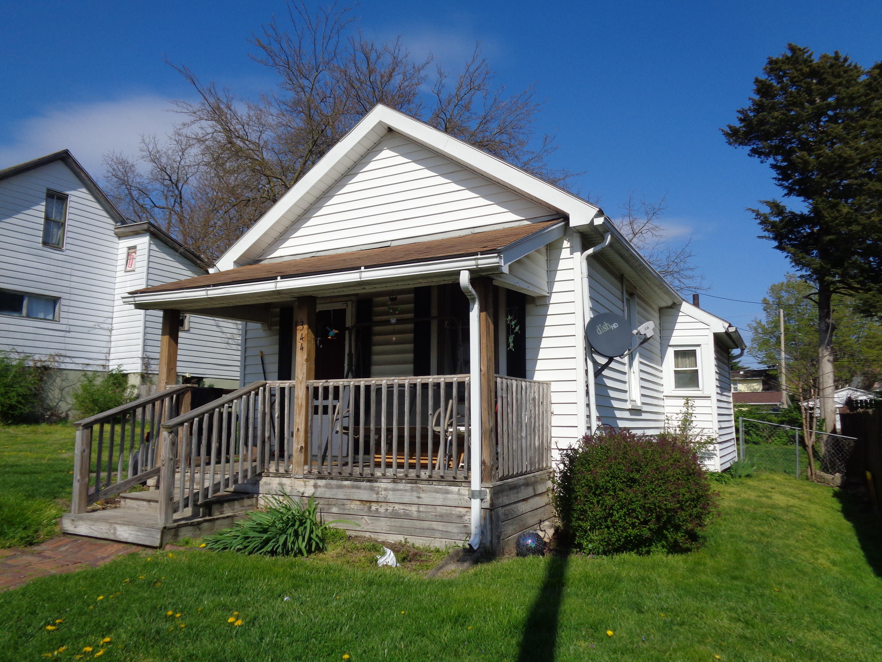 Photo 1 for 344 Forrest Ave Springfield, OH 45505