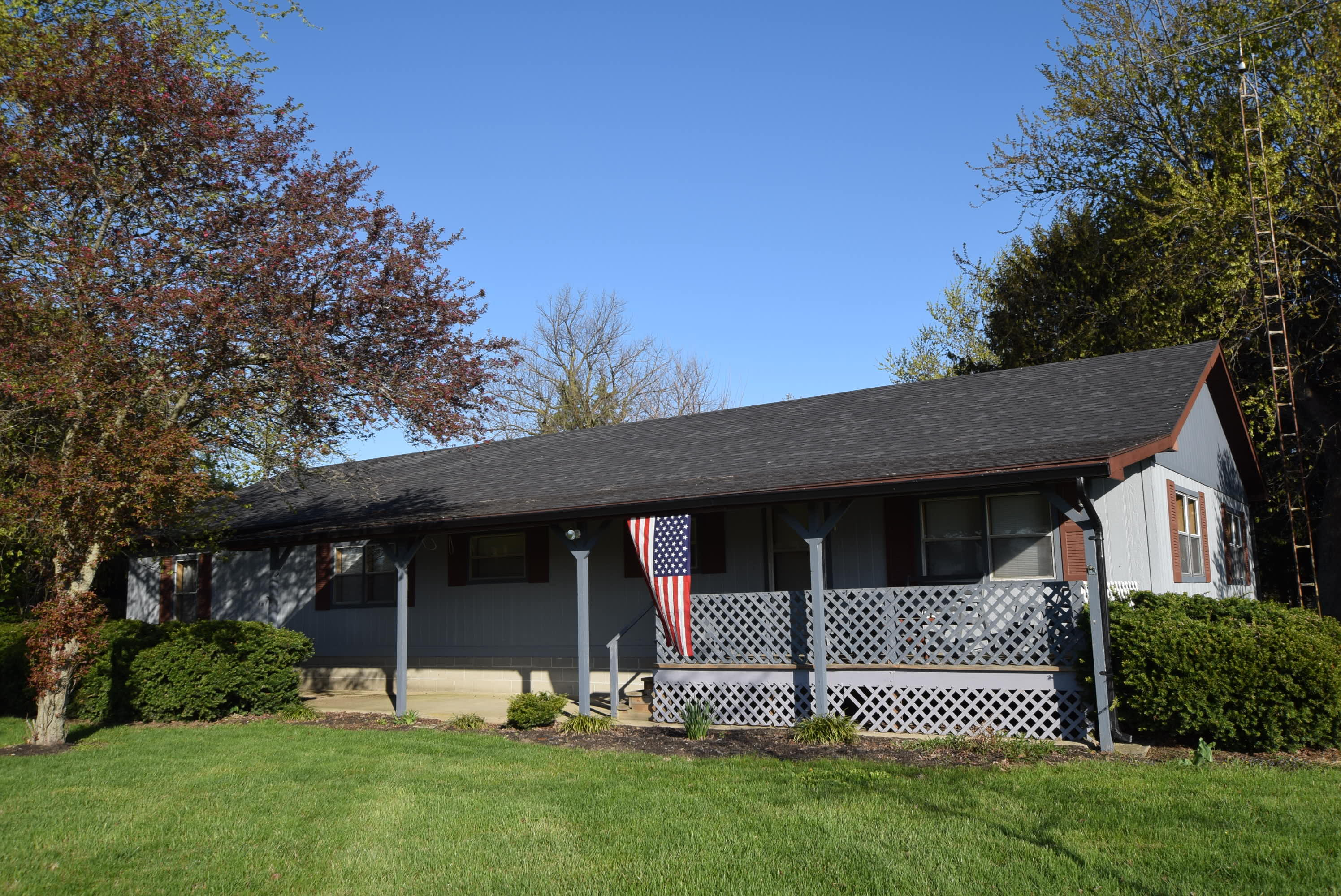 4114 N Elm Tree Rd Conover, OH