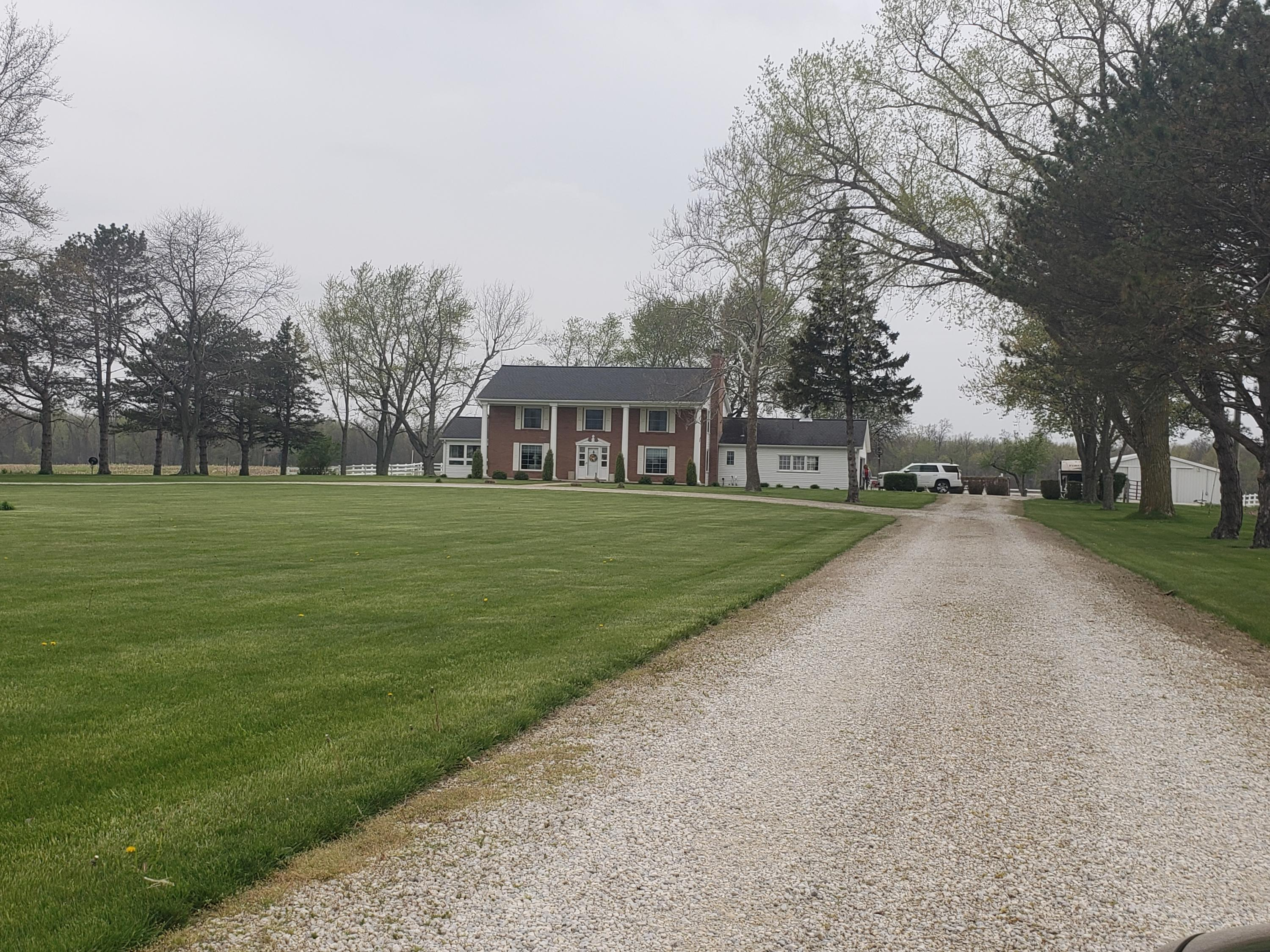 10961 US Route 127 Mendon, OH