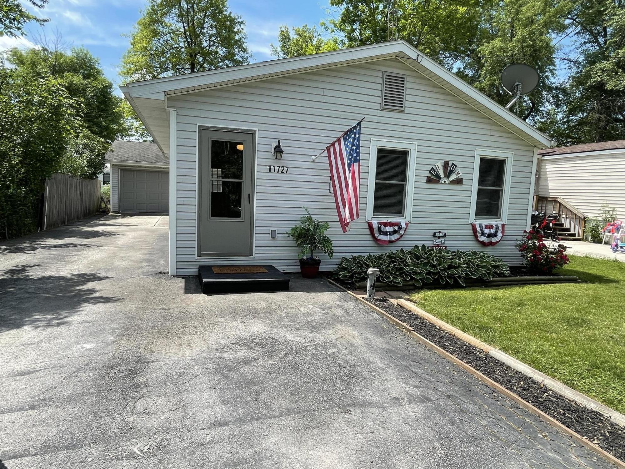 11727 Williams Lakeview, OH