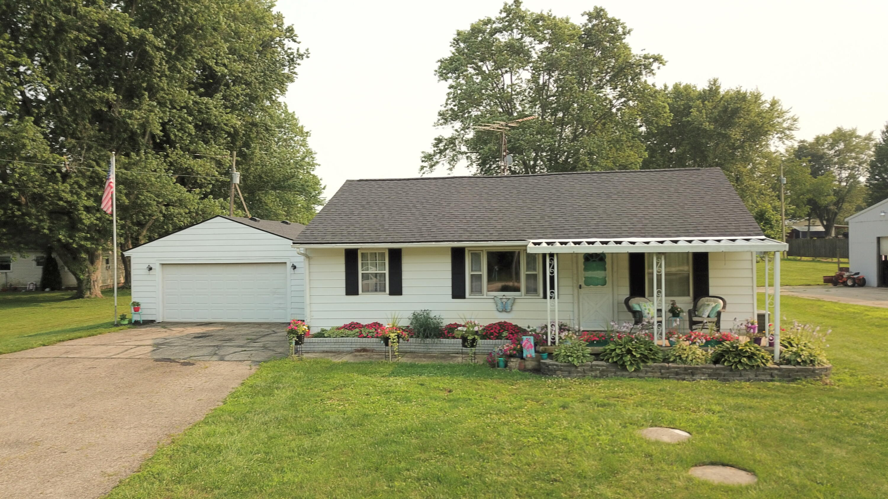 Photo 2 for 6571 Old 70 Rd South Charleston, OH 45368