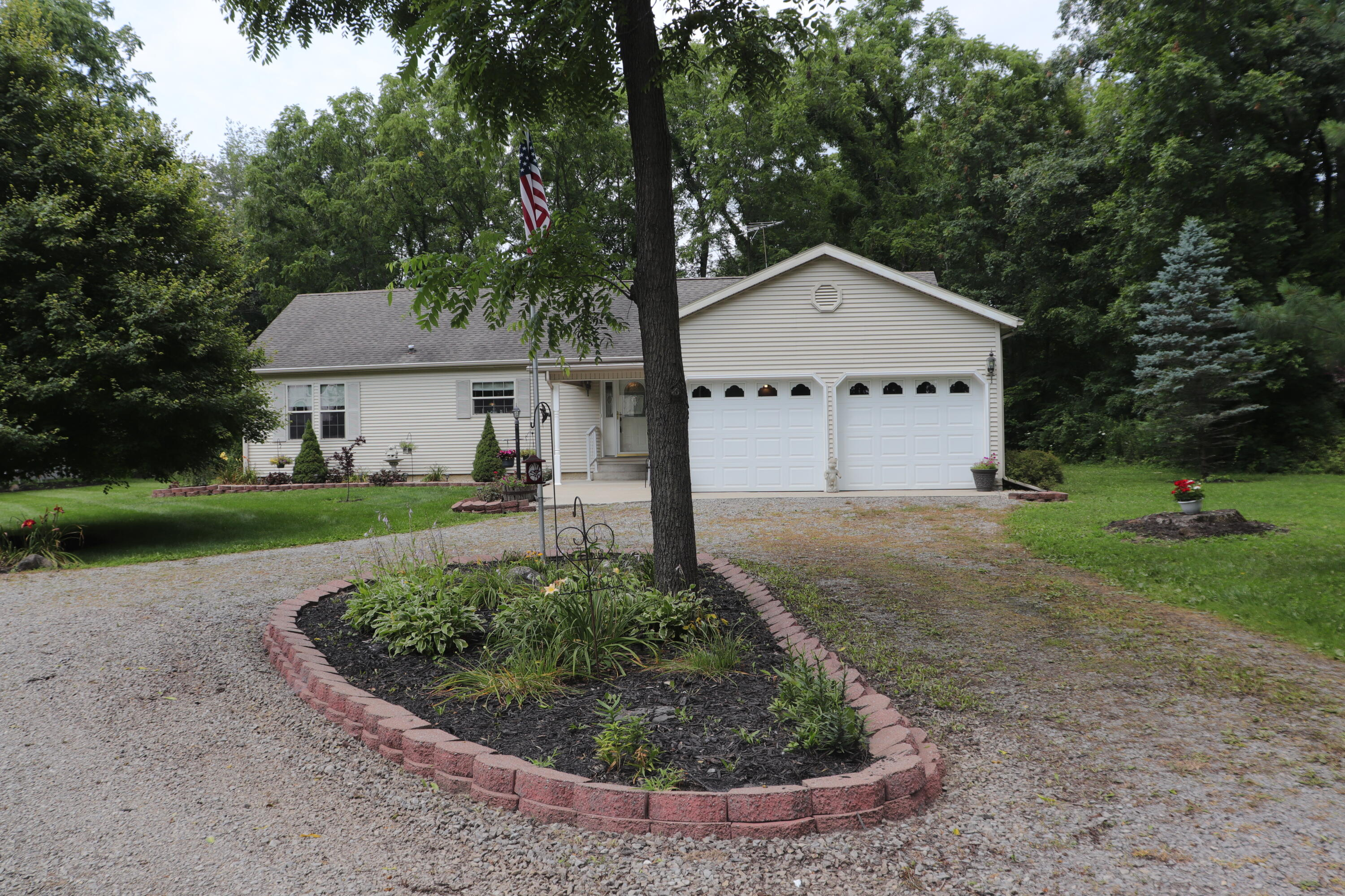 Photo 1 for 3176 Township Road 179 Bellefontaine, OH 43311