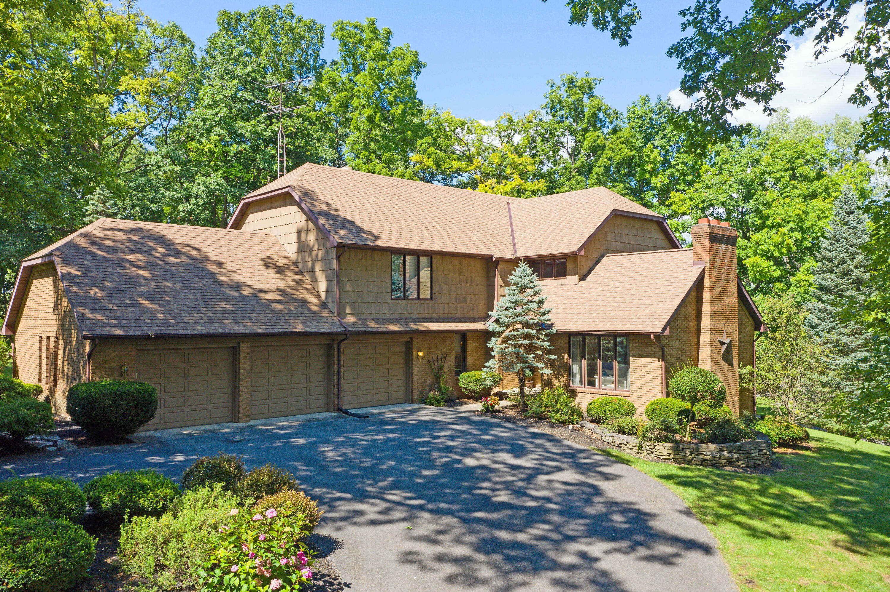 100 Tanglewood Dr West Liberty, OH