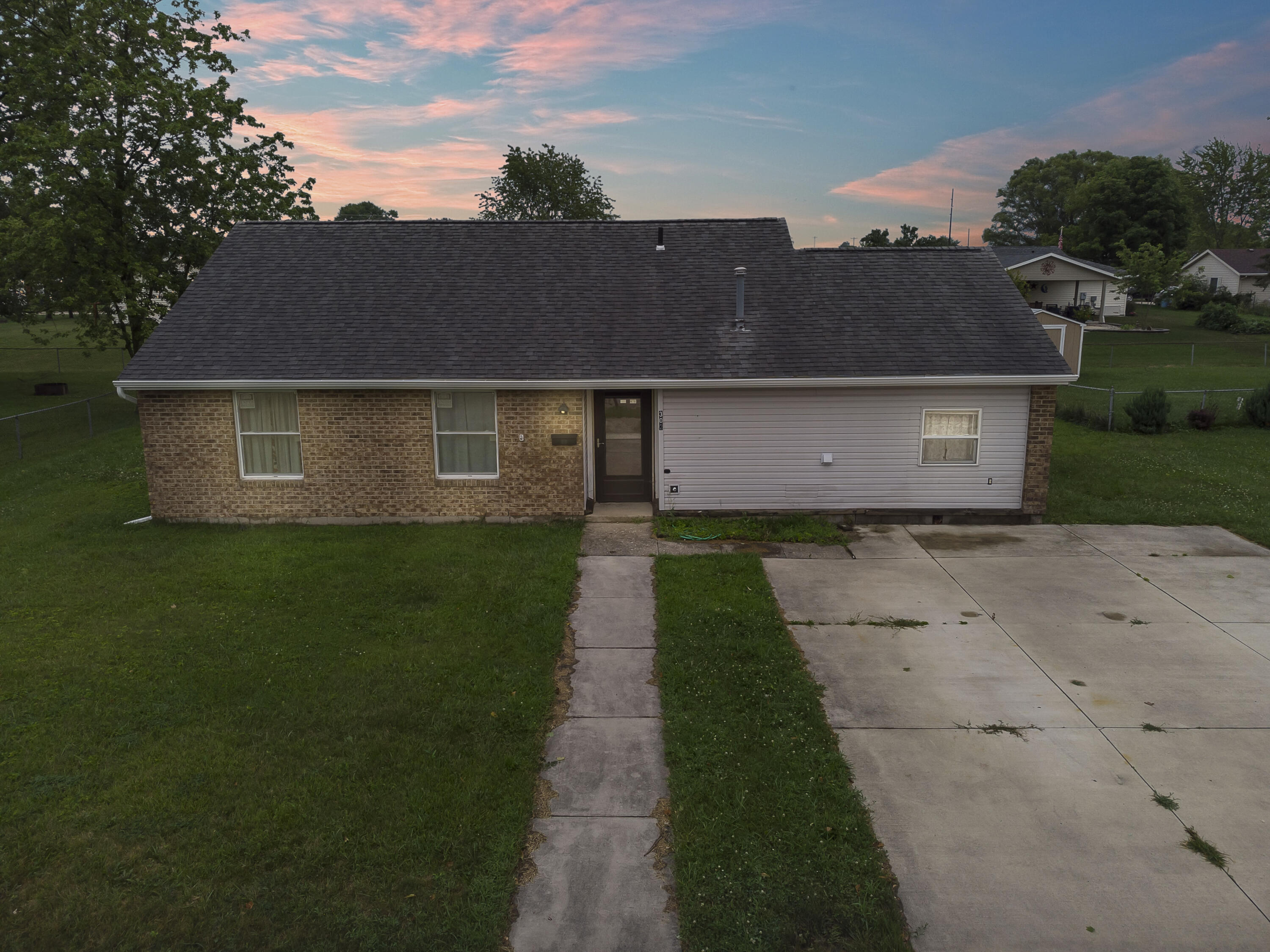 Photo 1 for 302 Meadowview Ln Anna, OH 45302
