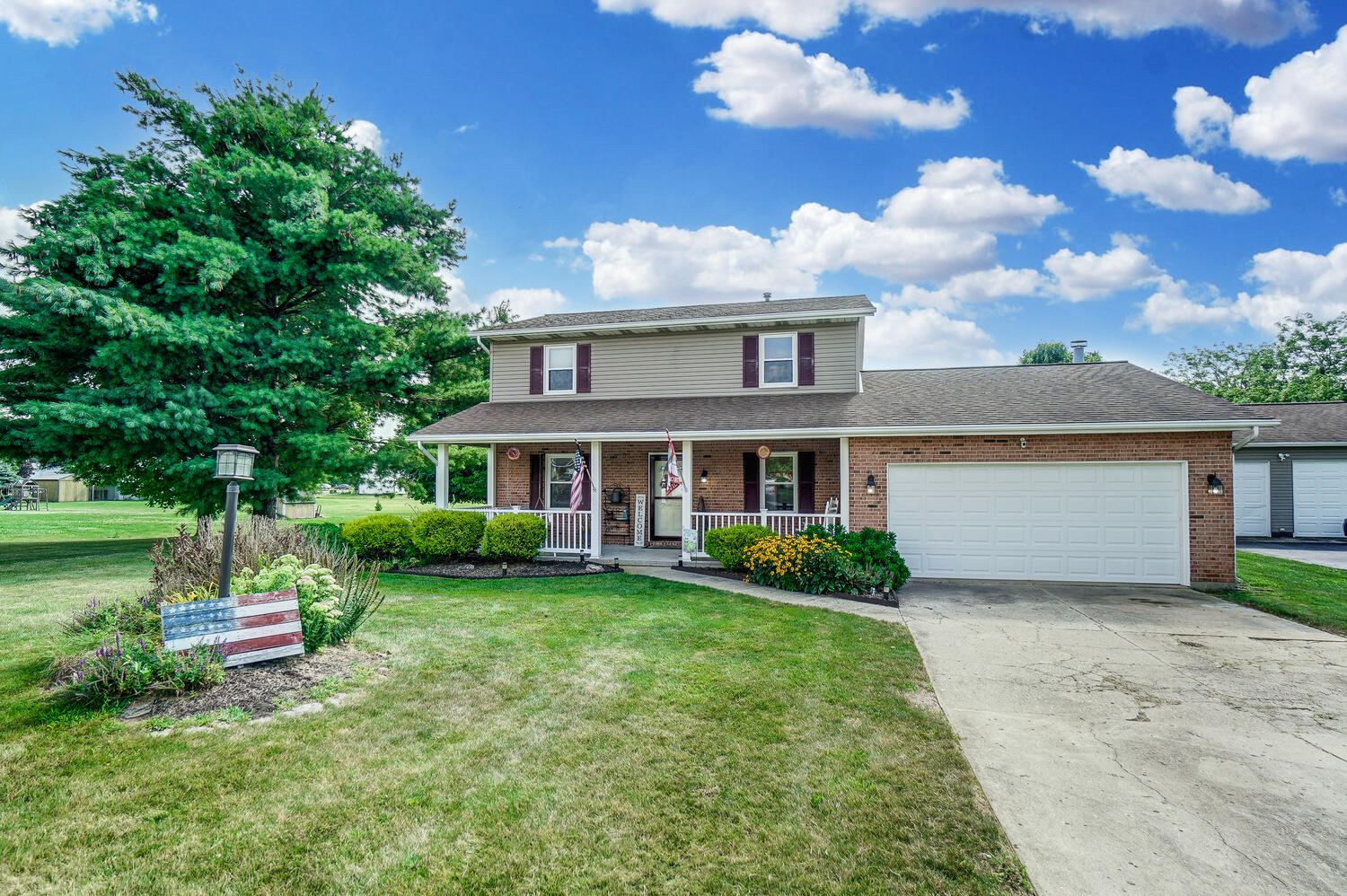 Photo 1 for 2958 Meadowgate Dr Springfield, OH 45502