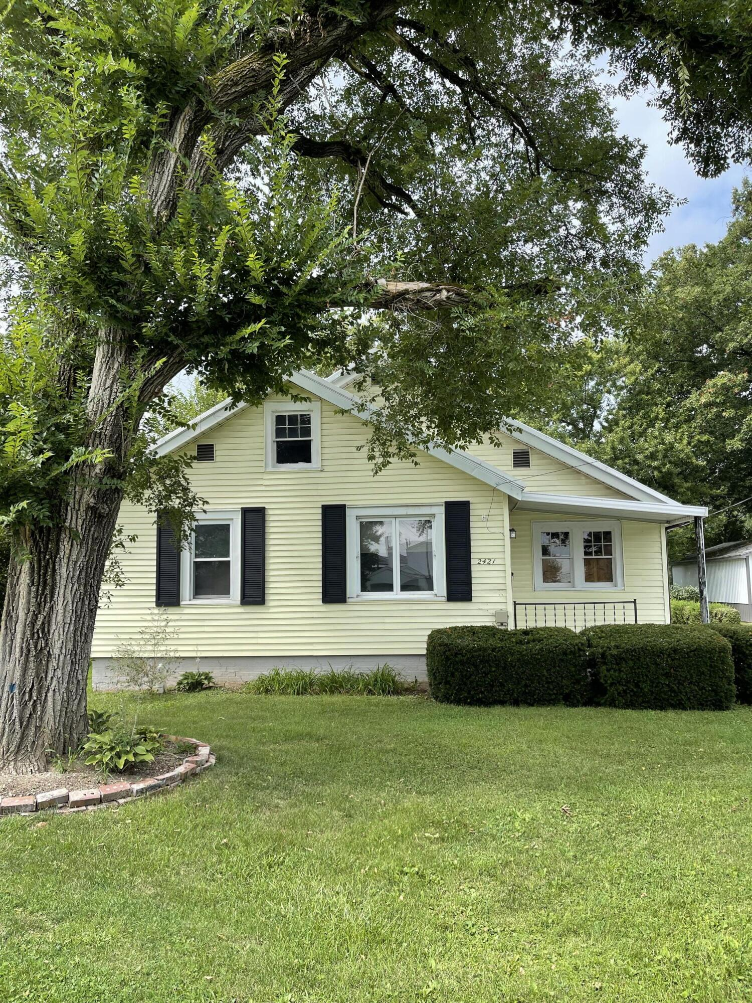 Photo 1 for 2421 N Mcdonel St Lima, OH 45801