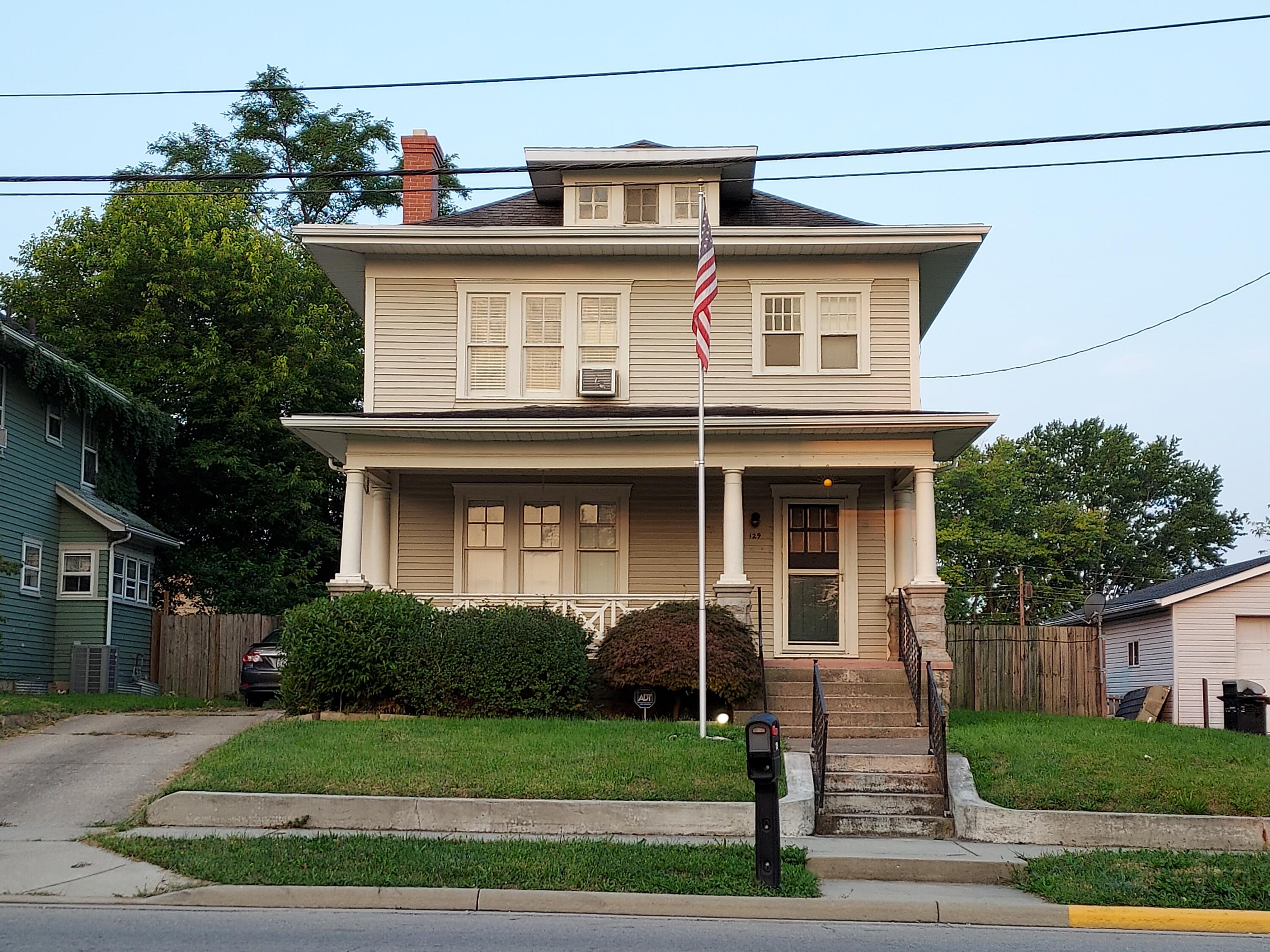 129 N Chillicothe St