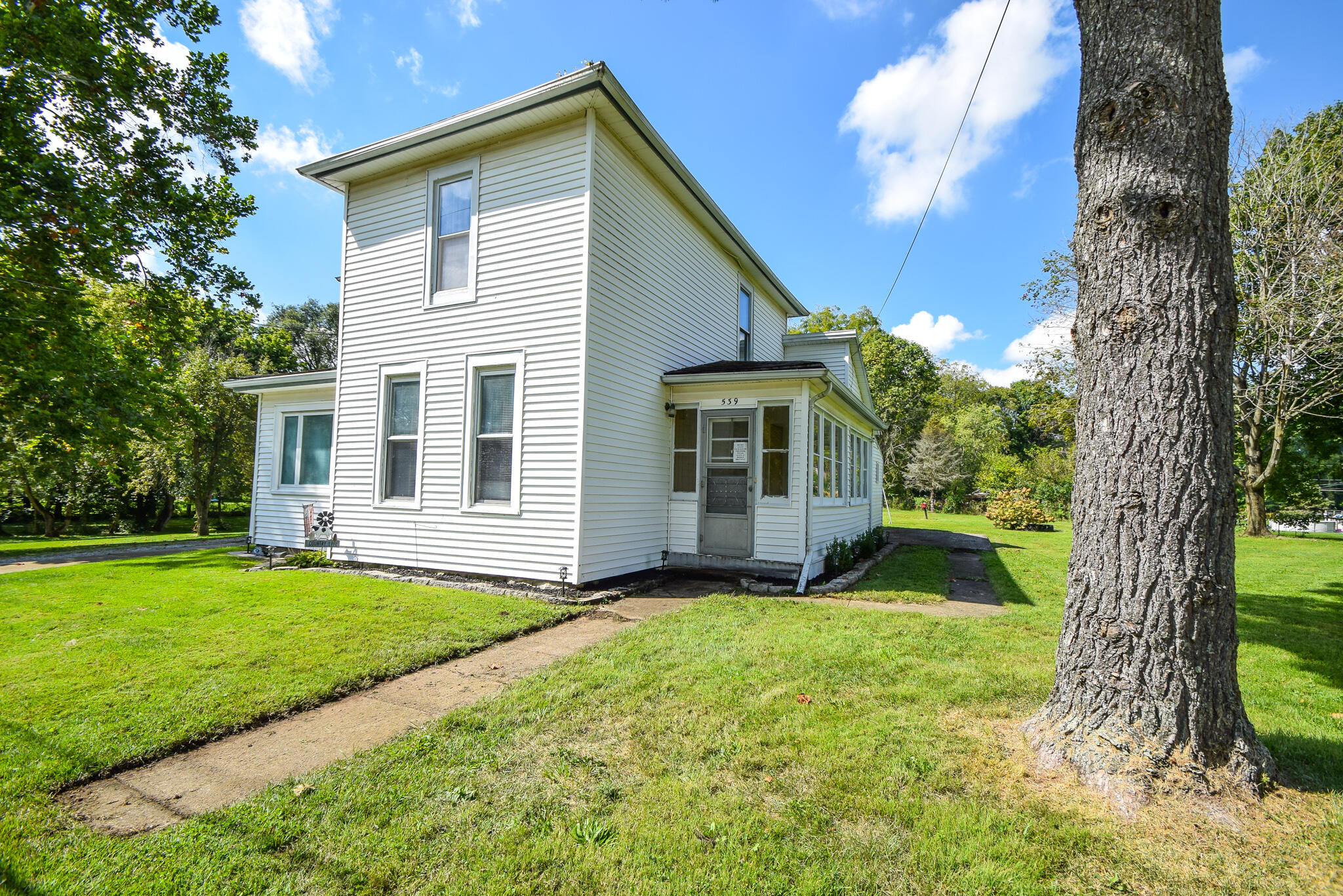 Photo 1 for 539 Old Mill Rd Springfield, OH 45506