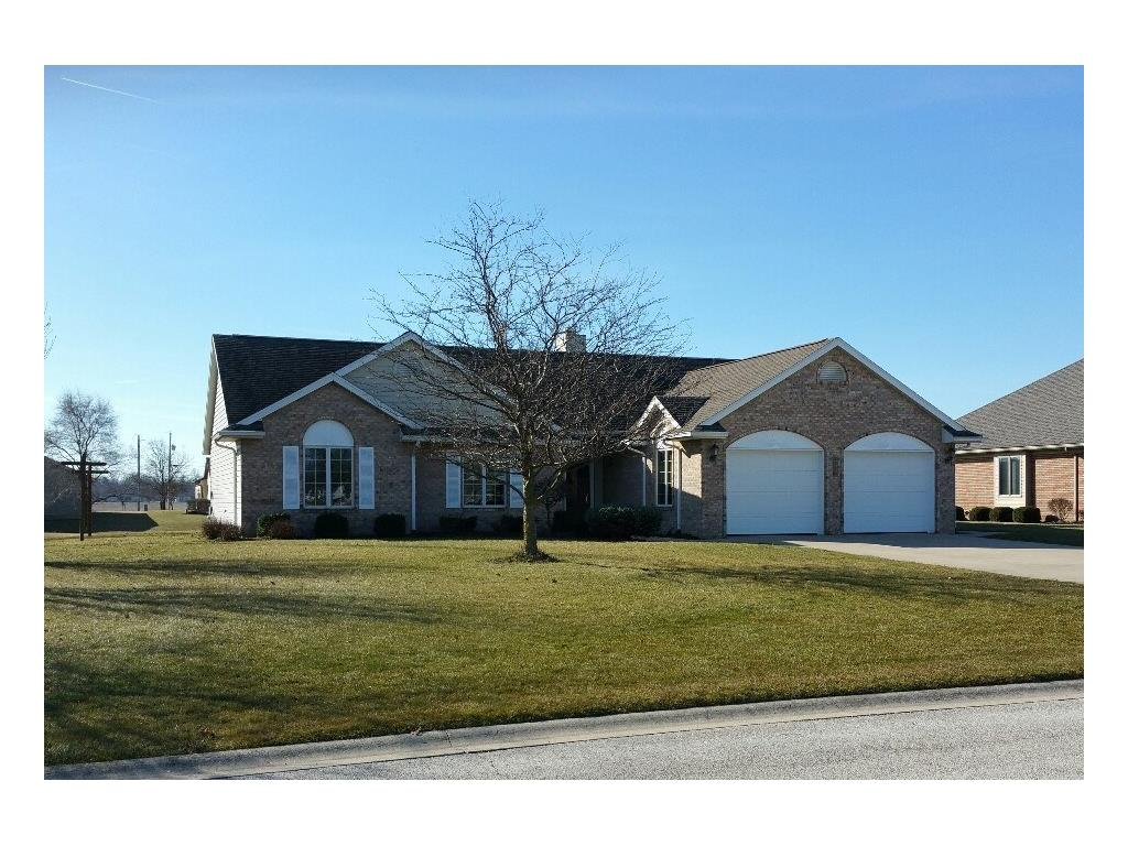 6698 Hillside Ct Celina, OH