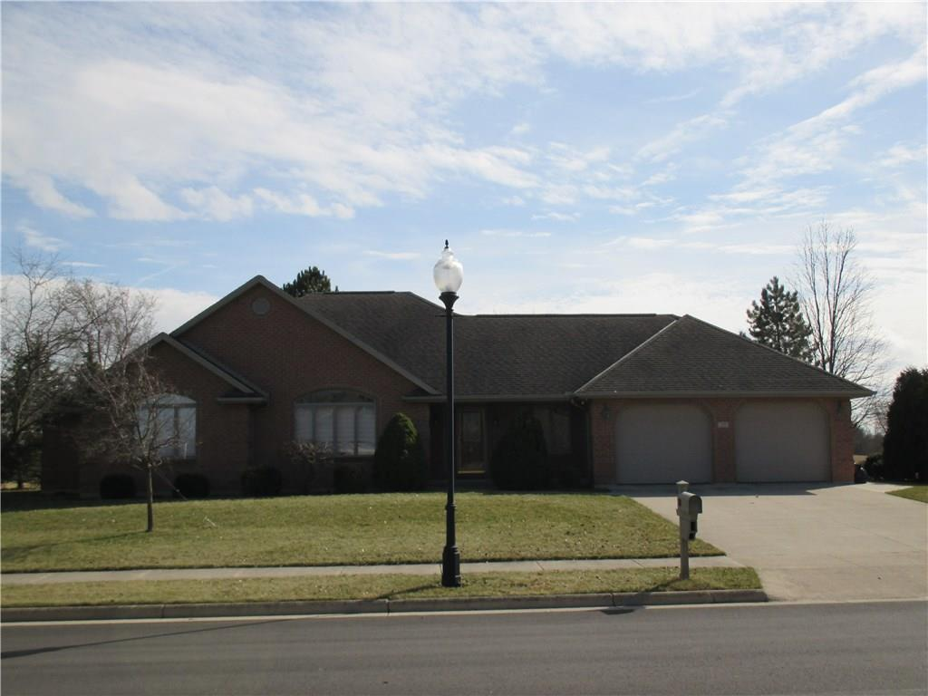 29 Canterbury Dr New Bremen, OH