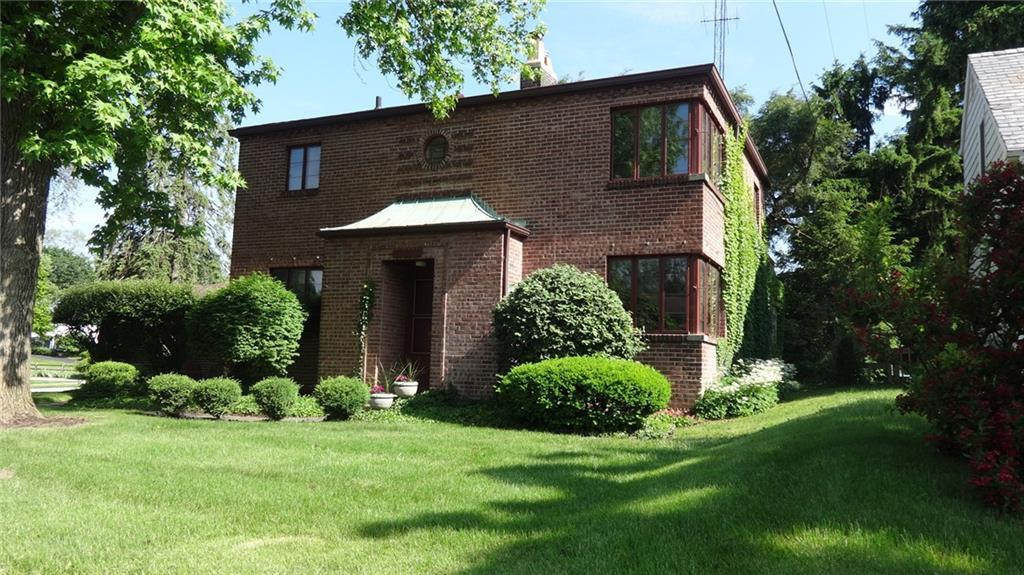 312 W Harding Rd Springfield, OH