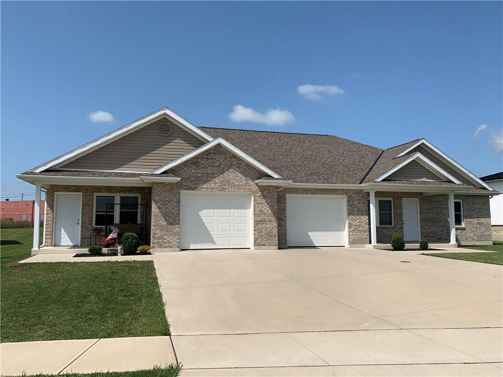 Photo 1 for 941 Woodridge Saint Marys, OH 45885