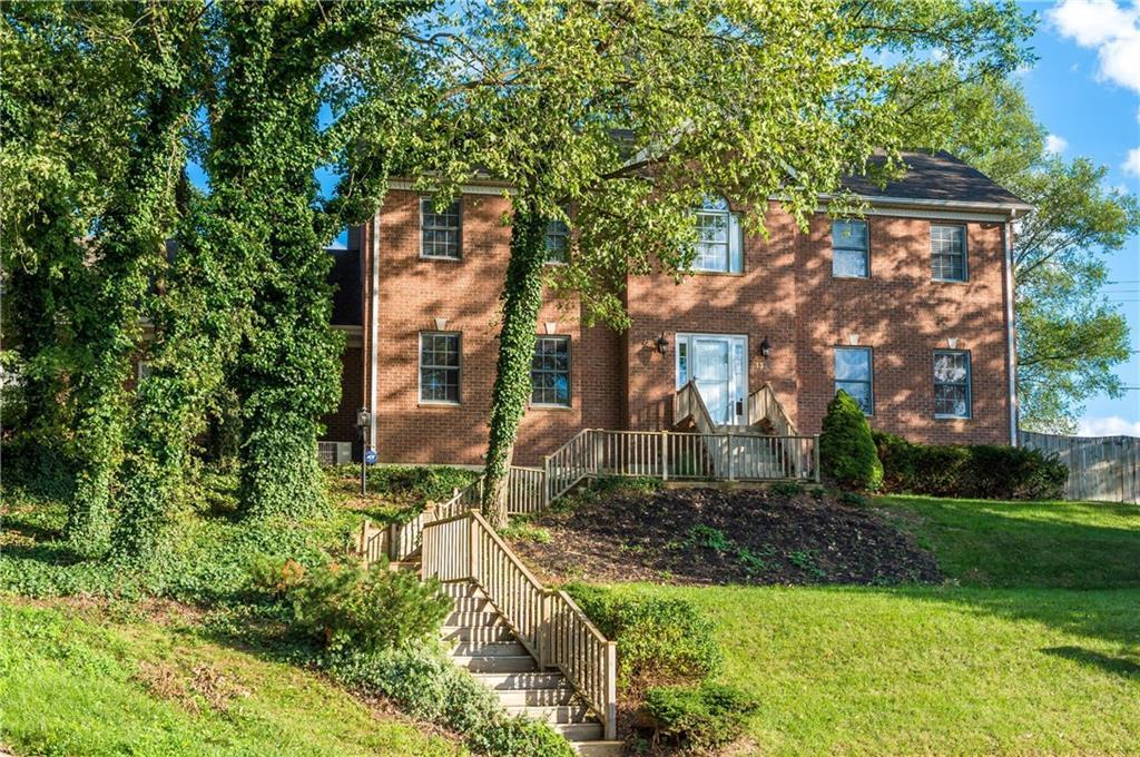 1326 Cottage Court Dr