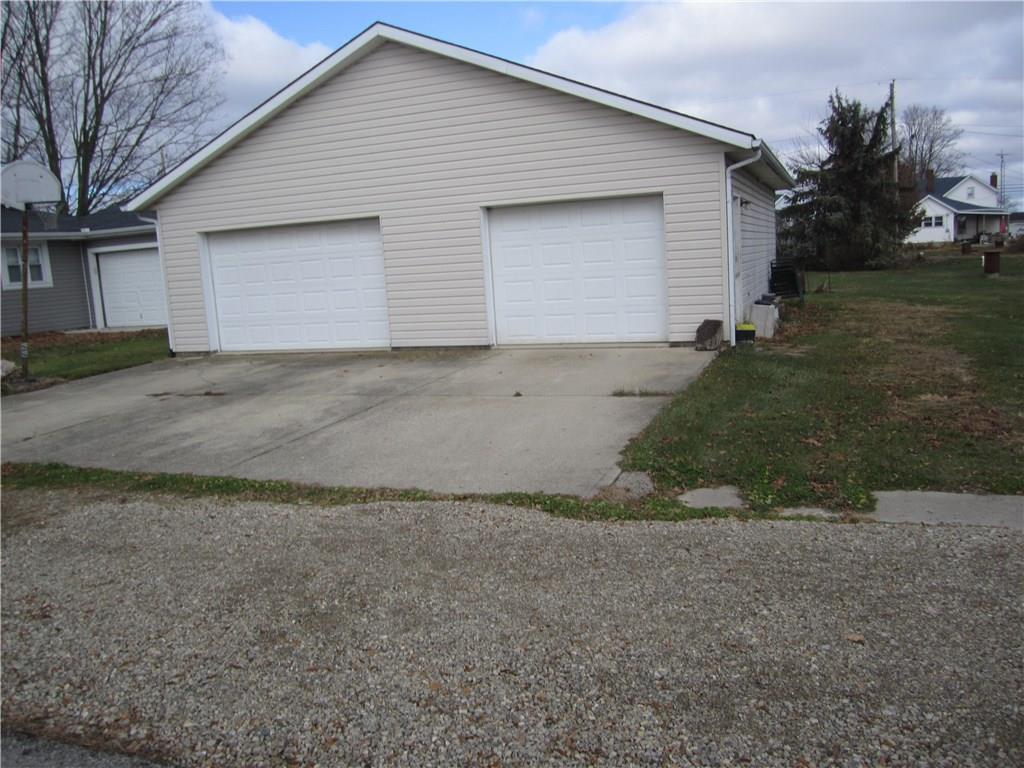 Photo 2 for 10928 Archer St Rosewood, OH 43070